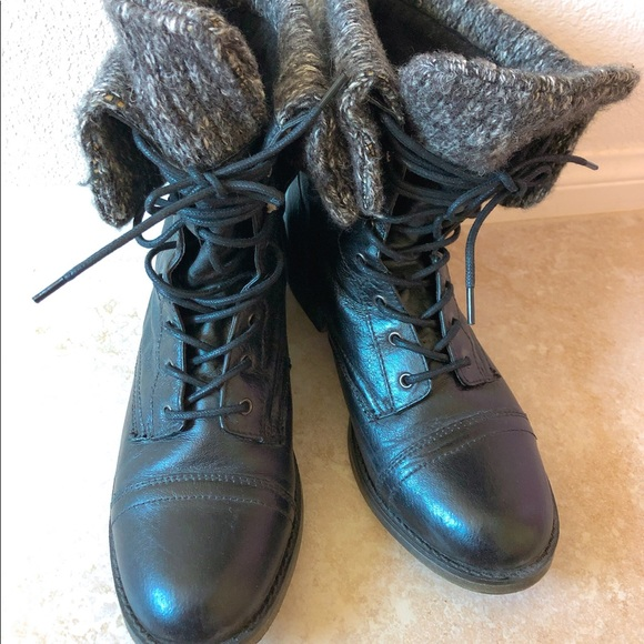 Steve Madden Shoes - Steve Madden lace up boots